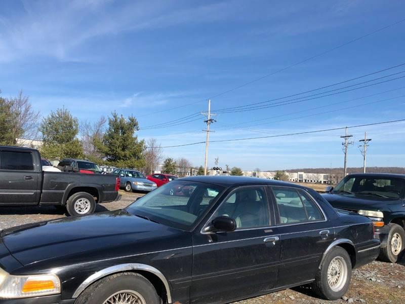 2000 Ford Crown Victoria Lx In Frederick Md Frederick Auto Center