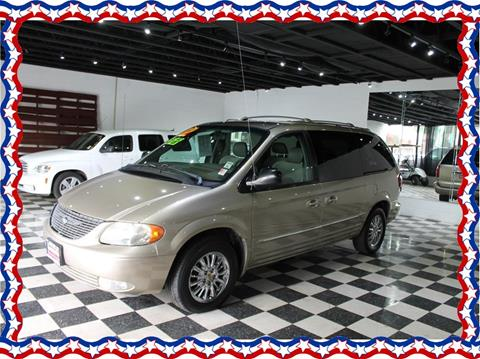 2002 Chrysler Town and Country for sale in Modesto, CA