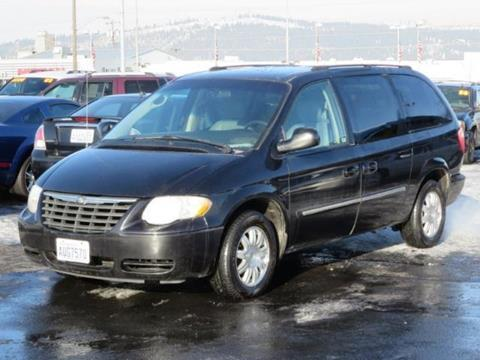 2005 Chrysler Town and Country for sale in Spokane WA