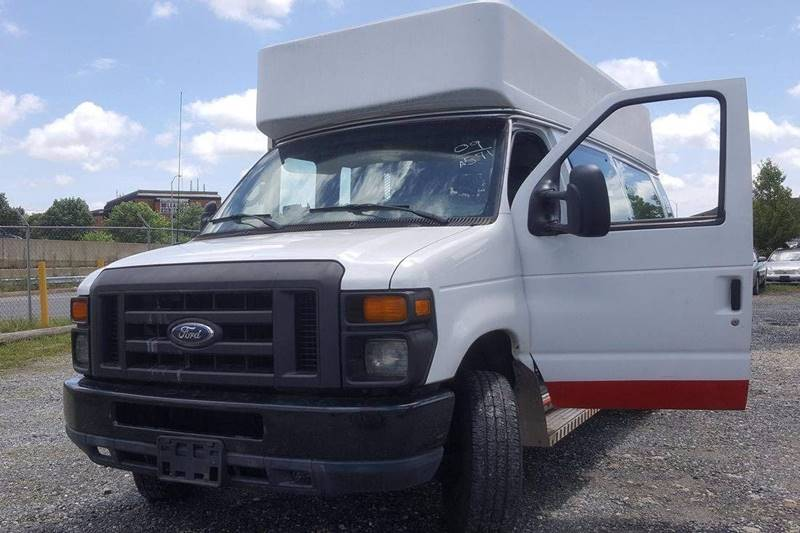 2009 Ford E-350 for sale at Branch Avenue Auto Auction in Clinton MD