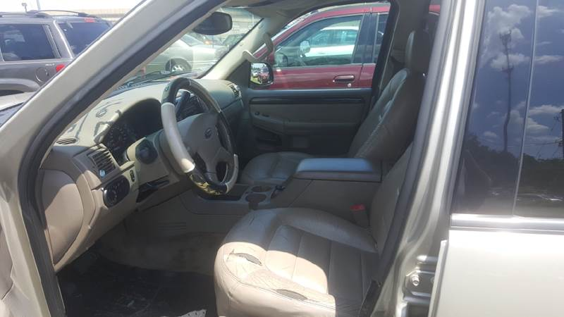 2005 Ford Explorer for sale at Branch Avenue Auto Auction in Clinton MD