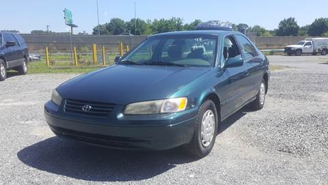 1998 Toyota Camry for sale at Branch Avenue Auto Auction in Clinton MD