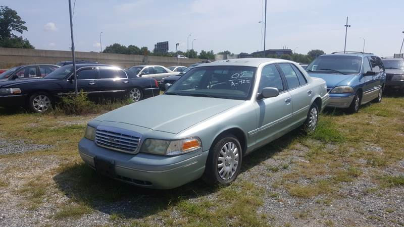 2002 Ford Crown Victoria for sale at Branch Avenue Auto Auction in Clinton MD