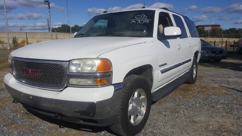 2004 GMC Yukon XL for sale at Branch Avenue Auto Auction in Clinton MD