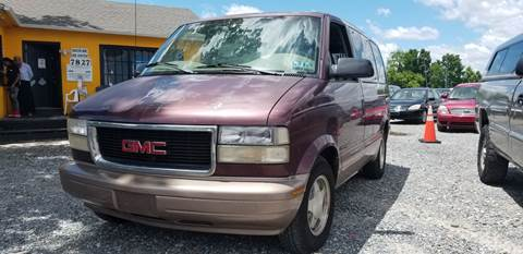 1998 GMC Safari for sale in Clinton, MD