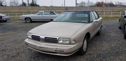 1995 Oldsmobile Ninety-Eight for sale in Clinton, MD