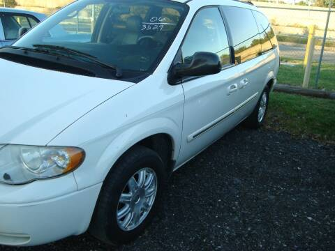 2006 Chrysler Town and Country for sale at Branch Avenue Auto Auction in Clinton MD