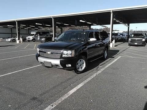 2008 Chevrolet Suburban for sale in Phoenix, AZ