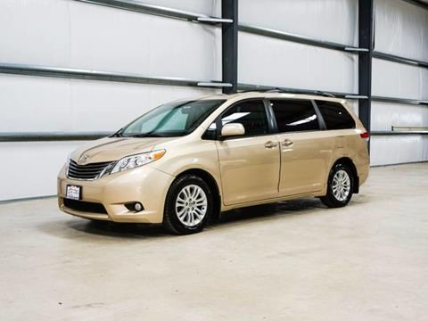 2012 Toyota Sienna for sale in Buda TX