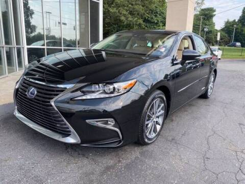 2018 Lexus ES 300h for sale at Summit Credit Union Auto Buying Service in Winston Salem NC