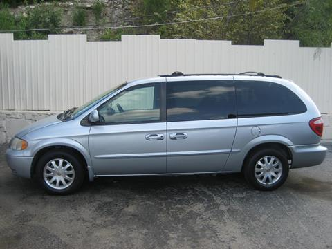 2002 Chrysler Town and Country for sale in Fort Worth, TX