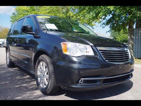 2016 Chrysler Town and Country for sale in Virginia Beach VA