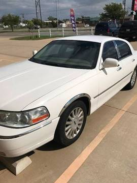 2005 Lincoln Town Car for sale in Oklahoma City, OK