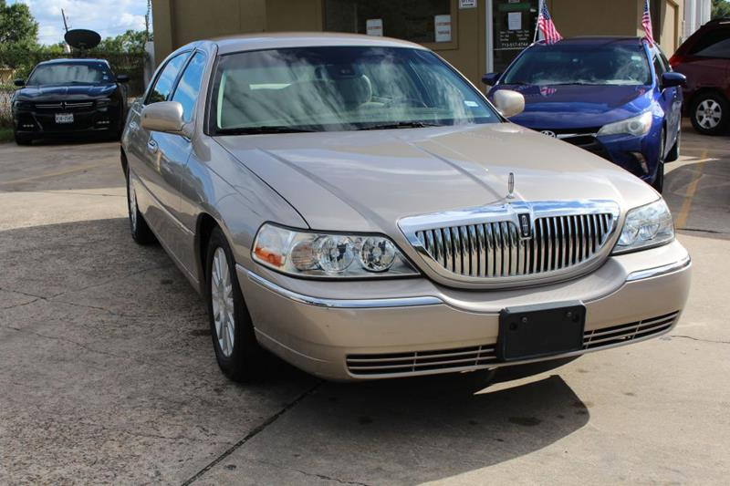 2003 Lincoln Town Car Signature In Houston Tx Executive Motor Group