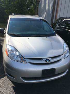 2008 Toyota Sienna for sale in Mayfield, KY