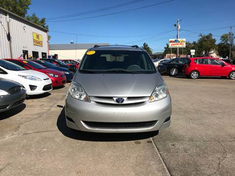 2007 Toyota Sienna for sale in Mayfield, KY