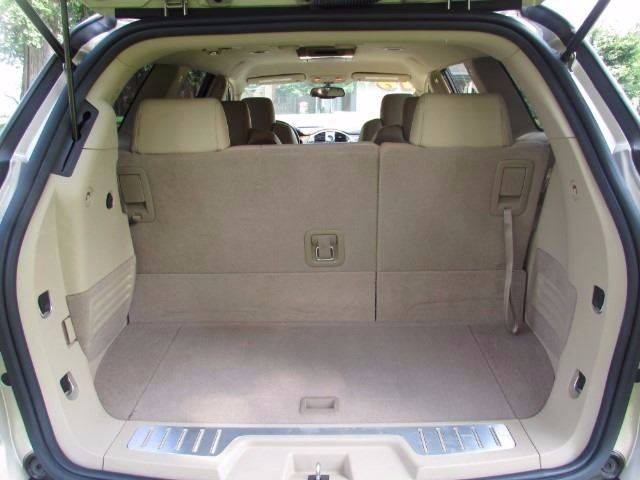 2009 Buick Enclave for sale at Auto Select in Lexington KY
