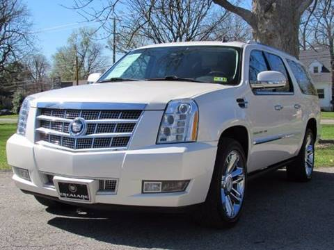 2011 Cadillac Escalade ESV for sale at Auto Select in Lexington KY