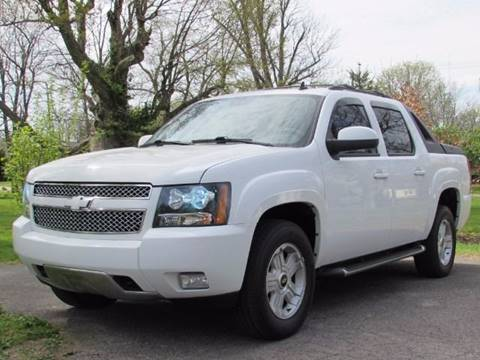 2010 Chevrolet Avalanche for sale at Auto Select in Lexington KY