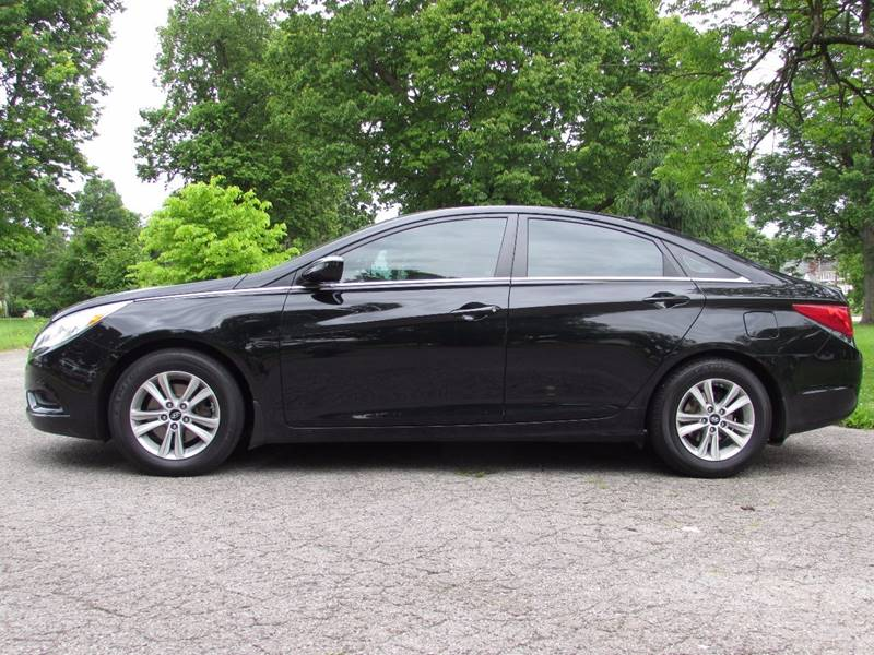 2012 Hyundai Sonata for sale at Auto Select in Lexington KY