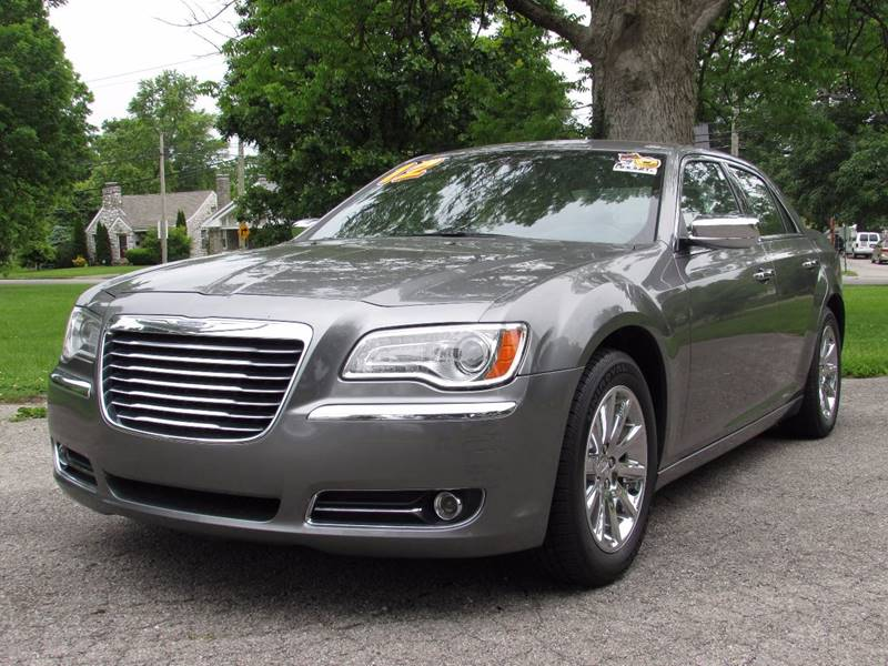 2012 Chrysler 300 for sale at Auto Select in Lexington KY
