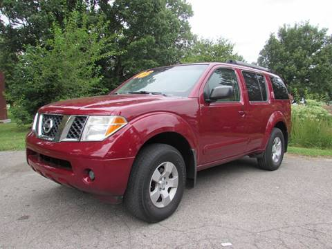 2005 Nissan Pathfinder for sale at Auto Select in Lexington KY
