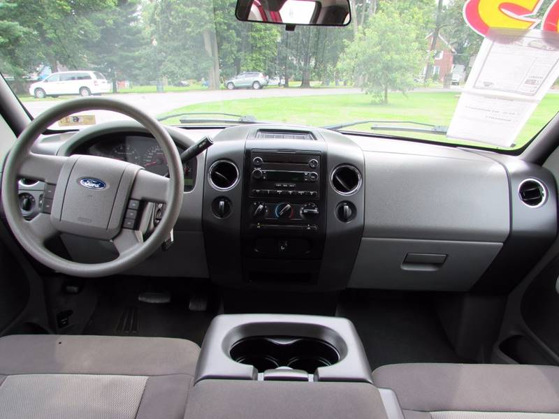 2005 Ford F-150 for sale at Auto Select in Lexington KY