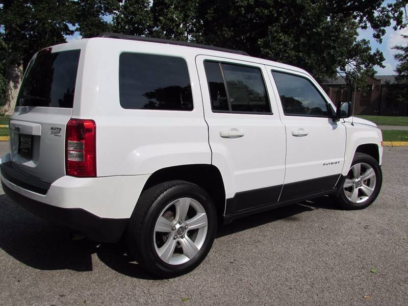 2014 Jeep Patriot for sale at Auto Select in Lexington KY