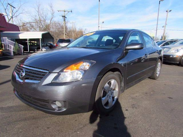 2008 Nissan Altima for sale at Auto Select in Lexington KY