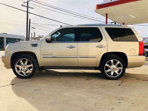 2008 Cadillac Escalade for sale at FAST LANE AUTO SALES in San Antonio TX