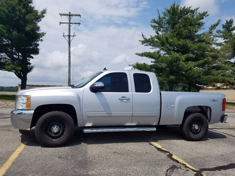 2013 Chevrolet Silverado 1500 for sale at B & T Car Sales LLC in Sand Lake MI