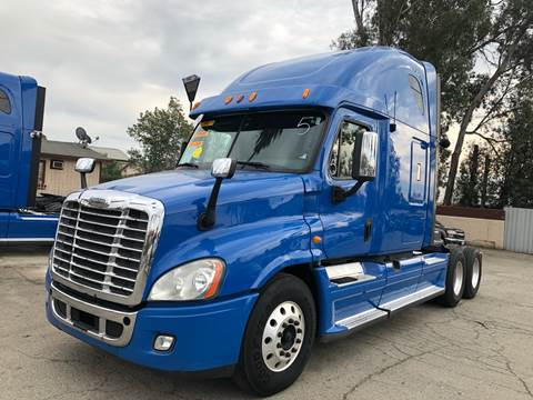 2013 Freightliner Cascadia for sale in Ontario, CA