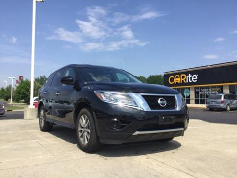 2013 Nissan Pathfinder for sale in Chesterfield MI