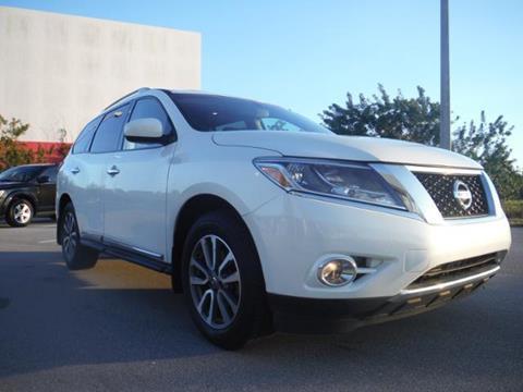 2014 Nissan Pathfinder for sale in Gainesville, FL