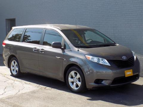 2013 Toyota Sienna for sale in Cleveland OH