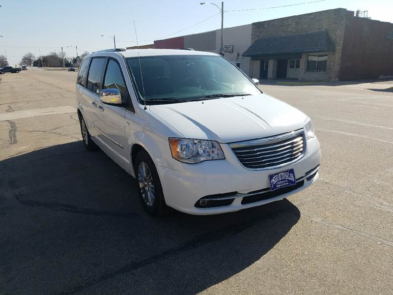 2014 Chrysler Town and Country for sale at Tyser Auto Sales in Dorchester NE