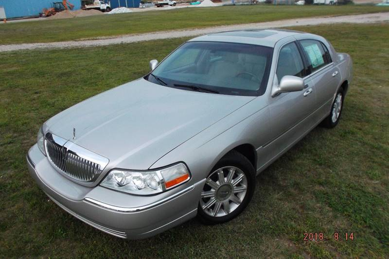 2007 Lincoln Town Car Signature Limited In Veedersburg In