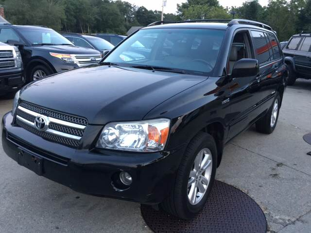 2006 Toyota Highlander Hybrid for sale at First Hot Line Auto Sales Inc. & Fairhaven Getty in Fairhaven MA