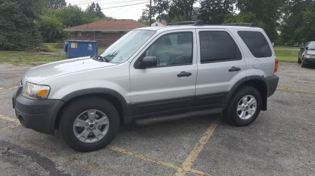 2005 Ford Escape for sale at Affordable Auto Sales in Toledo OH