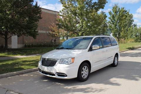 2011 Chrysler Town and Country for sale in Shelby Township, MI