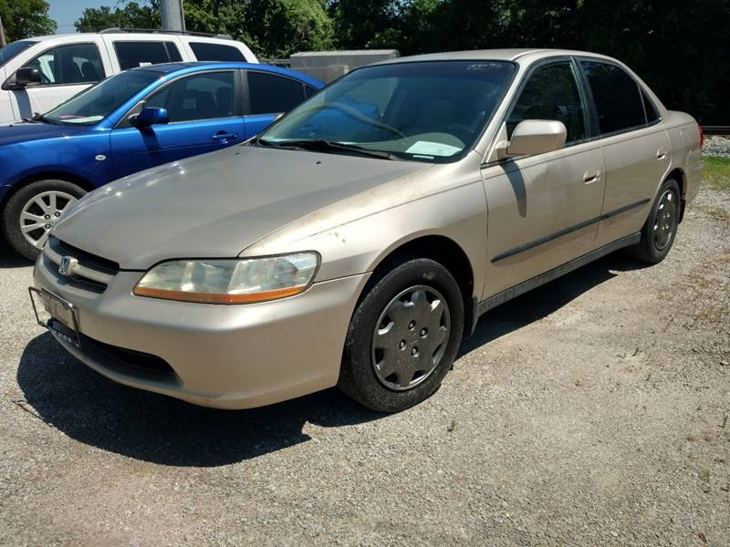 2000 Honda Accord For Sale At AUTO PROS SALES AND SERVICE In Belleville IL