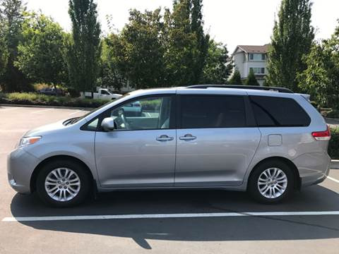 2014 Toyota Sienna for sale in Portland, OR