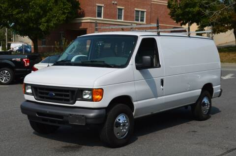 2006 Ford E-Series Cargo for sale at LARIN AUTO in Norwood MA