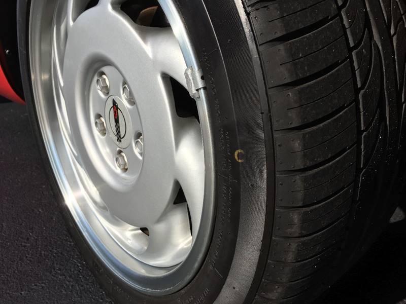 1991 Chevrolet Corvette 10