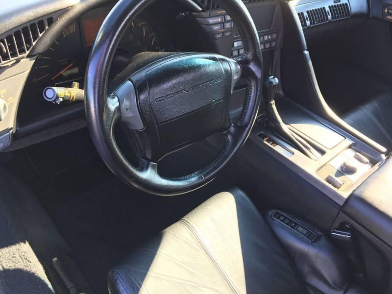 1991 Chevrolet Corvette 13