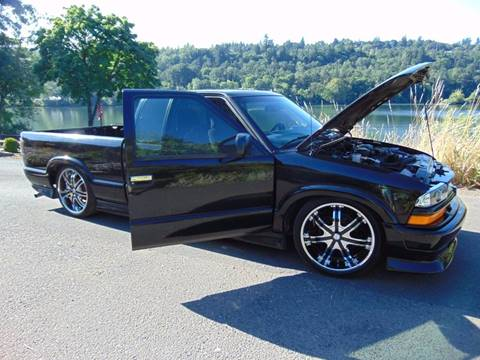 2001 Chevrolet S-10 for sale in Oregon City, OR