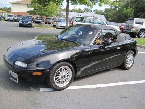 1993 Mazda MX-5 Miata for sale at Auto Bahn Motors in Winchester VA