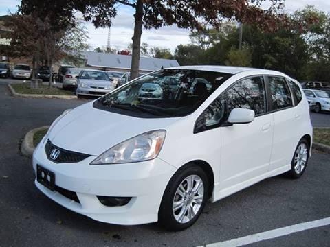 2009 Honda Fit for sale at Auto Bahn Motors in Winchester VA