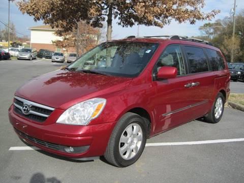 2007 Hyundai Entourage for sale at Auto Bahn Motors in Winchester VA