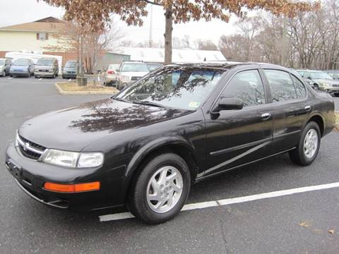 1999 Nissan Maxima for sale at Auto Bahn Motors in Winchester VA